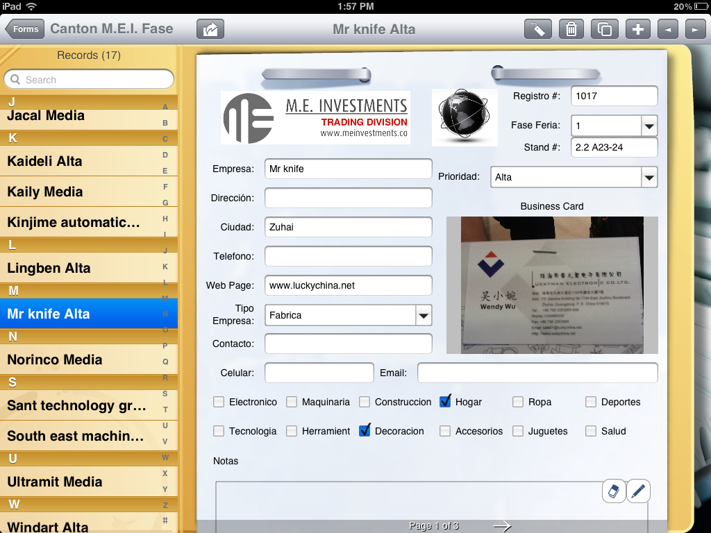 Customer uses iPad Camera to Collect Business Cards | Form Connections